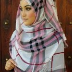 muslimah BURBERRY styles